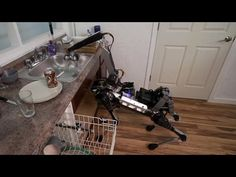 Creepiest moments in Boston Dynamics' new robotic dog video - YouTube