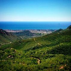 Porque #Benicàssim no sólo es #mar sino también #montaña. Una perfecta combinación para un #paisaje de 10! #azul #cielo #verde #turismo #Castellón #España #primavera #Spain #paraíso #BenicassimParaiso #paradise #vacaciones #turismo #senderismo #holiday #tourism #Spain #ComunidadValenciana