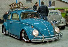 VW Beetle classic blue