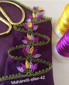 Renkli yapraklar iğne oyası Hand Embroidery, Embroidery Designs, Denim Earrings, City Outfits, Viking Tattoo Design, Sunflower Tattoo Design, Needle Lace, Homemade Beauty Products, Filet Crochet