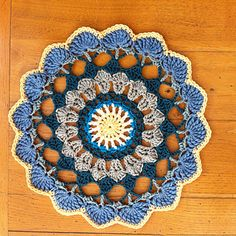 Taquila Sunrise Mandala ~ free pattern •✿•  Teresa Restegui http://www.pinterest.com/teretegui/ •✿•