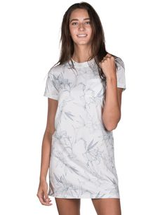 The White Floral Tee Dress Ladies Dresses, Tee Dress, Tees, Shirts, Lady, Floral, Fashion, Moda, Woman Dresses