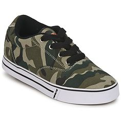 las famosas zapatillas deportivas para niño Heelys, ahora con estampado militar. #zapatillas #zapatoniño