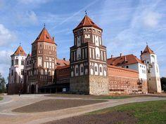 mir-castle.jpg 440×330 pixels