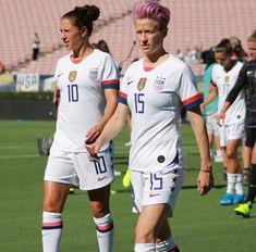 Girls Soccer Team, Carli Lloyd, Alex Morgan Soccer, Megan Rapinoe, Usa Girls, Soccer Training, Team Usa, Athletics, Sports Women