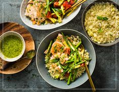 Try Salmon with asparagus & wild garlic couscous by FOOBY now. Or discover other delicious recipes from our category main dish. Couscous Recipes, Wild Garlic Pesto, Boiled Vegetables, Lemon Asparagus, Salmon Pasta, Food Trends, Vegan, Salmon Recipes, Low Calorie Recipes