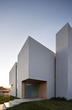 #architecture #design #entry #doors #minimalism #contemporary design #inspiration - Atelier Nuno Lacerda Lopes, house in Portugal