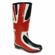 Visit our website to view our full range of outdoor footwear, featuring this Hunter Refined Back Strap Womens Wellies - order yours today! Ladies Wellies, Hunter Refined, Rainy Day Fashion, Union Jack, Back Strap, Rubber Rain Boots, Girly, Footwear, Rainy Days