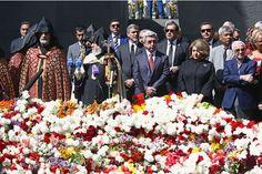 George Clooney et Aznavour rendent hommage aux victimes du génocide arménien