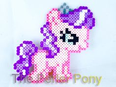 This little pony isnt as cute as she looks. Diamond Tiara constantly goes out of her way to bully the CMC and make their childhoods difficult. My Little Pony Silly Filly Perler Ponies: Diamond Tiara Perler Bead Designs, Perler Bead Templates, Perler Bead Art, Perler Patterns, Pony Bead Patterns, Beading Patterns, Cross Stitch Patterns, Bracelet Patterns, Little Poney