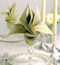 Folded napkin Lily with photo instructions.  餐巾折叠方法大全——SewLover缝艺学堂|布艺家居教程