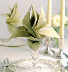 Folded napkin Lily with photo instructions.  餐巾折叠方法大全——SewLover缝艺学堂|布艺家居教程