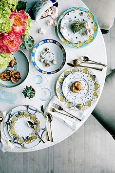 Beautiful Colourful Table Setting - Love The Mix And Match Crockery