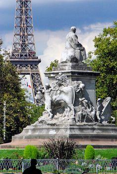 Sunny and rainy days in Paris... Place de Breteuil in the 7th arrondissement. #Paris #EiffelTower #TourEiffel