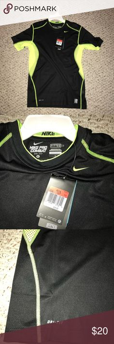 NWT Nike pro combat T-shirt (Boys Large) NWT Nike pro combat T-shirt   Boys Large  Great condition  Not worn yet Nike Shirts & Tops Tees - Short Sleeve