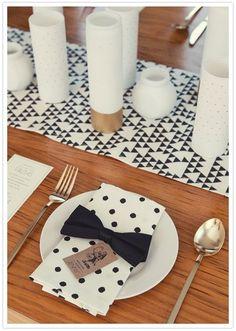 Décors de table mariage géometrique noir  blanc