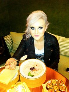 Perrie doin what she does best