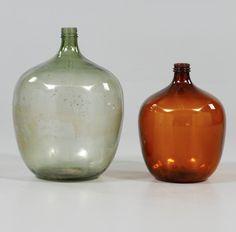 Par de vasos em vidro da primeira metade do sec.20th, 66cm / 51cm de altura, 1,400 USD / 1,300 EUROS / 4,470 REAIS / 8,700 CHINESE YUAN https://soulcariocantiques.tictail.com