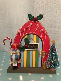 Diy Crafts Slime, Slime Craft, Fairy Crafts, Christmas Crafts, Christmas Ornaments, Elf Door, Fairy Doors, Christmas Makes, Fairy Houses