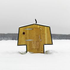 This gorgeous gallery of Canadian ice-fishing huts will have you reeling – Cottage Life