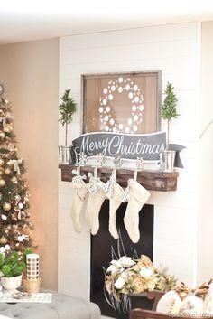 Polka Dot wreath decal - The House of Smiths Designs//Designs by Destiny #christmasdecals #christmasdecor #houseofsmithsdesigns