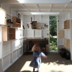 I need this workshop. Garden workshop in Cambridge by Rodic Davidson Architects Workshop Shed, Workshop Studio, Workshop Design, Workshop Architecture, Interior Architecture, Interior Design, Interior Rendering, Interior Walls, Trommler