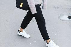 Céline box bag, Acne Studios knit & Stan smith. Via Mija