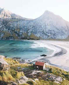 Bunes beach, Lofoten, Norway.  #Norge photo by @alexstrohl