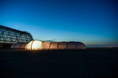 The mobile hangar at Moffett Airfield, from where the Solar Impulse took off on Monday morning (Solar Impulse | Raul Urbina)