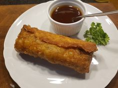 Chinesische Frühlingsrollen (Loempia) mit süßsauer-Sauce, ein schönes Rezept mit Bild aus der Kategorie Gemüse. 20 Bewertungen: Ø 4,4. Tags: Frittieren, Gemüse, Hauptspeise, Schwein, Snack