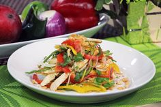 Bell peppers and chicken salad