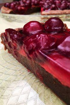 Csokis-meggyes süti liszt nélkül – VIDEÓVAL! | GastroHobbi