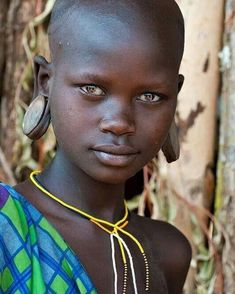 i will face the world alone. Black Is Beautiful, Beautiful Eyes, Beautiful People, African Children, African Women, We Are The World, People Around The World, Tribal People, African Tribes