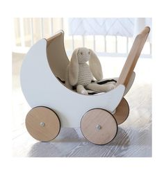 Dockvagn i trä från Ooh noo