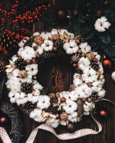 Christmas wreath with cotton, pine cones and nuts. For good mood in your house Holiday Decorating, Decorating Ideas, Christmas Wreaths, Christmas Crafts, Winter Centerpieces, Cotton Wreath, Cotton Crafts, Pine Cone Crafts, Pinecone