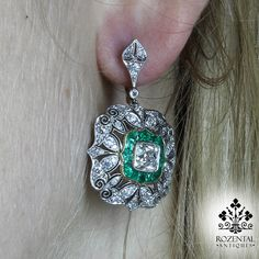 Period: Art deco (1920-1935) Composition: Platinum Stones: 2 Old mine ascher cut diamonds of G-VS2-SI1 quality that weigh 2.30ctw.(1.15ctw each) 76 Old mine cut
