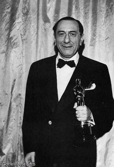 """Ernst Lubitsch won an Honorary Academy Award """"for his distinguished contributions to the art of the motion picture"""" in 1947, half a year before his death."""