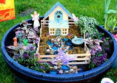 Fairy Garden : so cute I would love to make one of these!