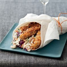 The fried chicken here is coated in an ingenious mix of cornflakes, slivered almonds and sesame seeds, then wrapped in a tortilla.