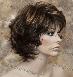 Classy and chic Everyday wig Multiple layers Brown auburn mix wavy flip ends lo Medium Hair Styles, Curly Hair Styles, Mom Hairstyles, Summer Hairstyles, Short Wavy Hair, Short Wigs, Layered Hair, Great Hair, Silver Hair