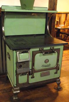 Americana Photograph - The Monarch Wood Stove by Mike and Sharon Mathews Antique Kitchen Stoves, Antique Wood Stove, How To Antique Wood, Vintage Kitchen, Wood Burning Cook Stove, Wood Stove Cooking, Love Vintage, Vintage Wood, Ancient History