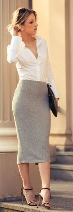 Grey And White Simplen Chic And Retro Outfit