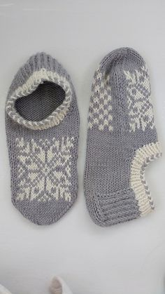 Ravelry: Project Gallery for Uppsala slippers pattern by Ram Wools Yarn Co-op Knitted Slippers, Hand Knitted Sweaters, Wool Socks, Sweater Knitting Patterns, Knitting Socks, Baby Knitting, Crochet Gifts, Knit Crochet, Knitting Projects