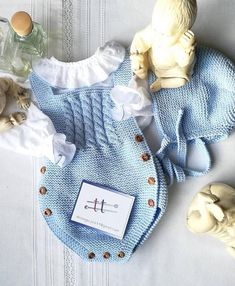 DIY & crafts projects, contents and more - Diy Crafts 1 354 Me Gusta 35 Comentarios Moda In 403916660327896572 P Knitting For Kids, Baby Knitting Patterns, Baby Patterns, Crochet Patterns, Crochet Baby Clothes, Cute Baby Clothes, Tricot Baby, Baby Girl Elephant, Knitted Romper