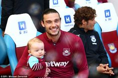 West Ham striker Andy Carroll has not given up hope of an England recall ahead of Euro 201...