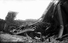 29 août 1907 - Effondrement du pont de Québec. Quebec Montreal, Quebec City, Chute Montmorency, Chateau Frontenac, Le Petit Champlain, La Rive, Construction, Images, Architecture