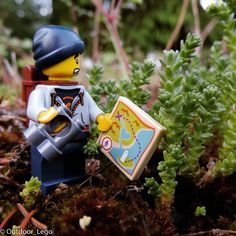 I'm pretty sure it was this way. #legophotography #lego #legopic #legos #legostagram #hiking #outdoor #legominifigures by outdoor_lego
