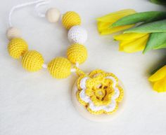 Crochet yellow necklace / Nursing Necklace / Teething necklace / Crochet flower / Wooden pendant / READY TO SHIP
