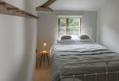 The Cold Press Gallery Artist Residency: The Artist's House | Remodelista
