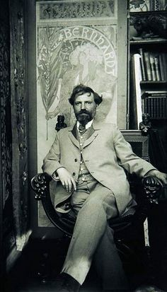 photographed in his bohemian studio. Alphonse Mucha, / Alfons Maria July 1860 – 14 July often known in English and French as Alphonse Mucha, was a Czech Art Nouveau painter and decorative artist Art Nouveau, Art Deco, Famous Artists, Great Artists, Bohemian Studio, Alphonse Mucha Art, Mucha Artist, Jugendstil Design, Arte Popular